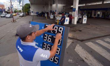 Uno más: YPF aumentó el precio de sus naftas