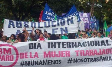 Las mujeres se manifiestan hoy en plaza Independencia
