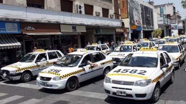 Ante la crisis: Taxistas exigen subsidios al Gobierno provincial