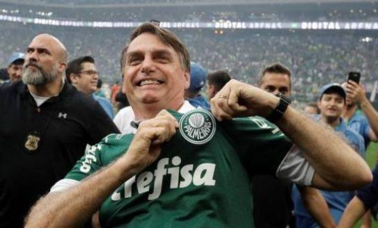 Coronavirus: Bolsonaro quiere que vuelva el fútbol, mientras Brasil superó los 20.000 muertos