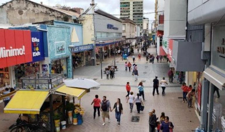 El comercio tucumano presiona para ampliar la extensión horaria