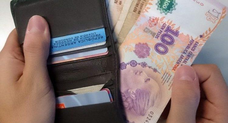 Este jueves arranca el pago del aguinaldo en Tucumán