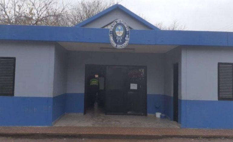 Buscan a dos presos acusados de homicidio que se fugaron de la comisaría 8°