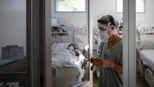 Coronavirus: Argentina registró récord de 153 muertes y 6377 casos positivos en un día