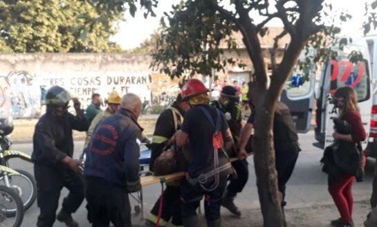 Una mujer de 76 años cayó a un pozo y fue rescatada por los Bomberos