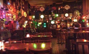 Pese al alza de contagios reabren bares, restaurantes y gimnasios en Tucumán