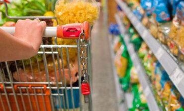 Desde octubre, aumentarían los precios de alimentos y combustibles