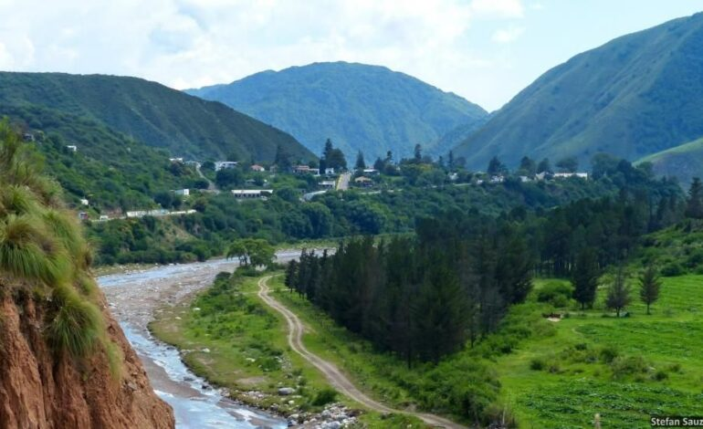 Vecinos de Las Estancias piden al COE que no dejen ingresar a los turistas