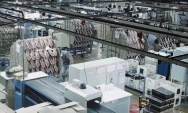 La fábrica de zapatillas ASICS anunció que se va de la Argentina