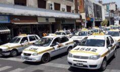 Taxistas van por un aumento: pretenden que sea del 50%