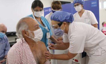 Miroli recibió la la primera dosis de la Sputnik V y pidió confiar en las vacunas
