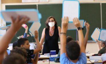 En febrero comienzan a vacunar a los docentes