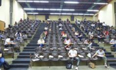 En Ciencias Económicas (UNT) ya rinden exámenes presenciales