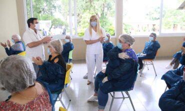 Se completó la vacunación en los 27 geriátricos de la provincia