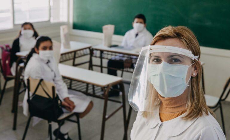 Mantendrán las clases presenciales a pesar de la suba de contagios