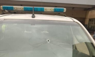 El chaleco antibalas salvó a un policía baleado